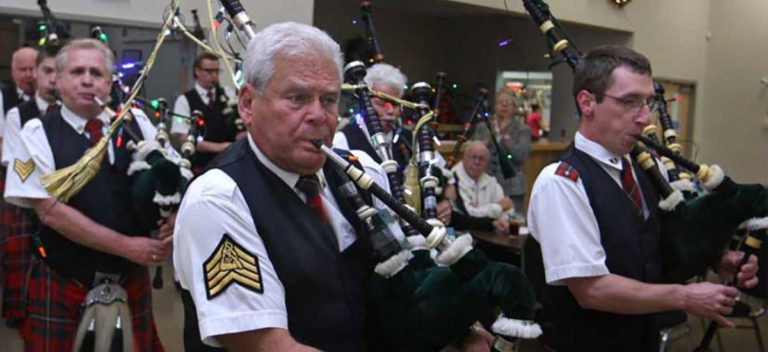 pipe and drum performers